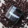 HOIA kohvimündi kehakoorija aitab võidelda tselluliidiga, jahutab, parandab vereringet, eemaldab surnud naharakud ja muudab naha siidiselt siledaks.